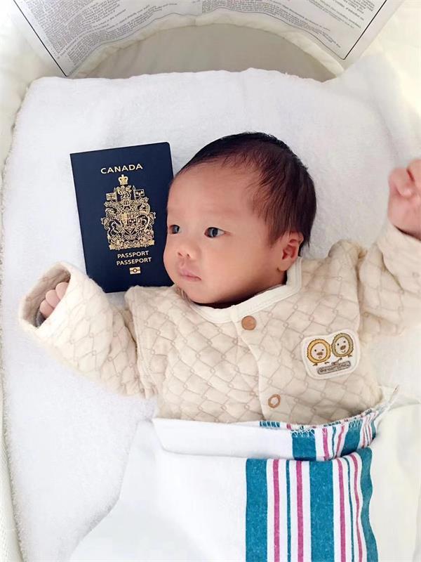 """美国总统将签""""限双非赴美生子法令"""" 加拿大还是稳稳的落地拿国籍2"""