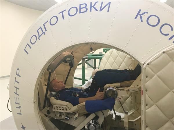 """加拿大宇航员成功升空与""""太空经济""""3"""