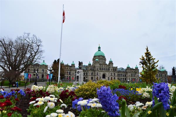 大盘点!2019年加拿大各省法规福利变化2