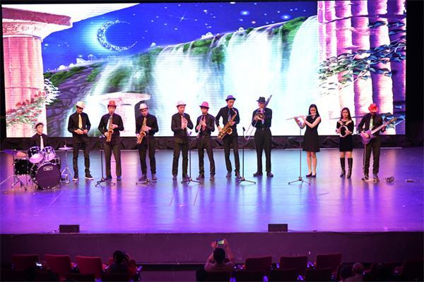 第四届孩子们的春晚获盛赞,与近两千人共庆春节15