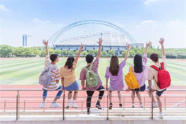 新移民中学生如何在学校受欢迎5