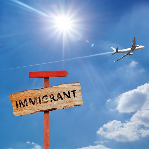 谁是加拿大百万移民计划初见成效的源动力?3