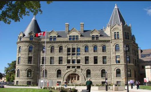 加拿大滑铁卢大学的王牌:带薪实习系统1