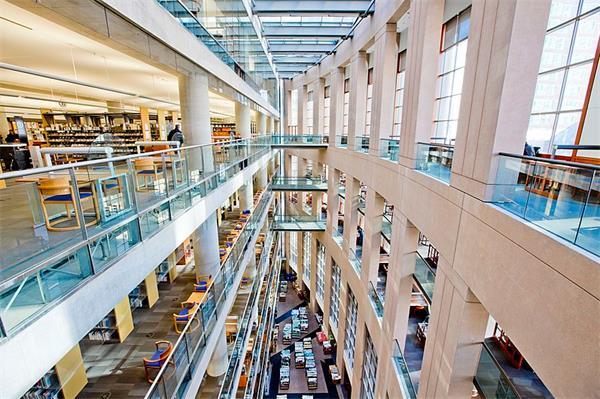有史以来被誉为加拿大颜值最高的图书馆3