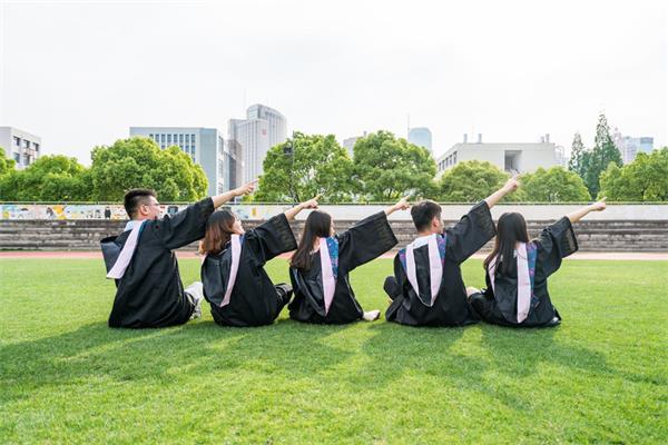 2019年加拿大温尼伯大学开启世界领导人总统奖学金6