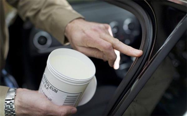 老司机教您,夏季汽车清洁保养省钱秘笈9