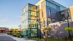 加拿大国际学生可申请的HIESC奖学金4