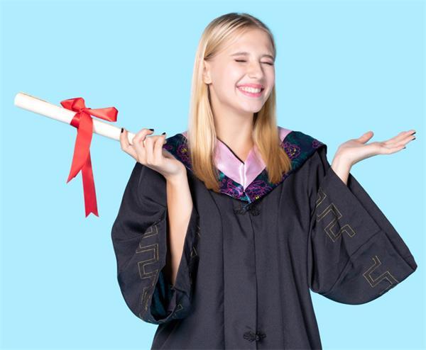 加拿大国际学生可申请的HIESC奖学金6