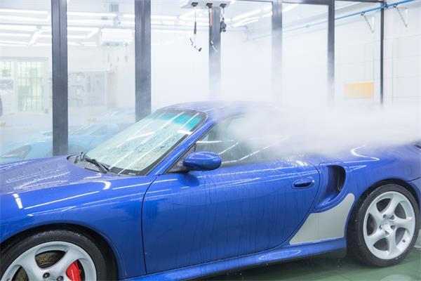 洗车这活儿,看似简单,实则真不易!6
