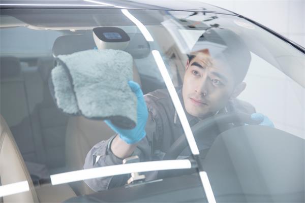 洗车这活儿,看似简单,实则真不易!4