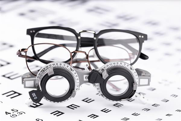 警惕!不同年龄段给眼睛补充不同营养6