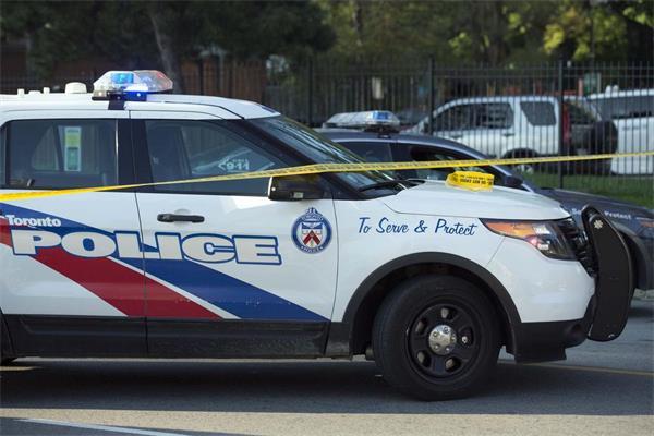 为防枪击事件,多伦多警方也是拼了!3