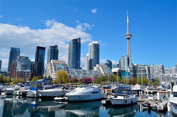 加拿大三个城市跻身于世界十大宜居城市之列4