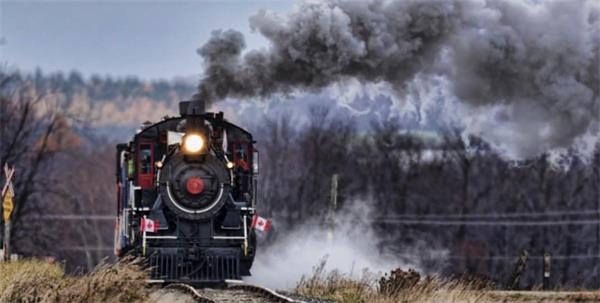 """登上神奇的火车,到""""多伦多巫师节""""狂欢吧!1"""