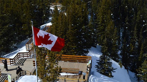 加拿大冬季最酷炫的打卡必到旅游之地5