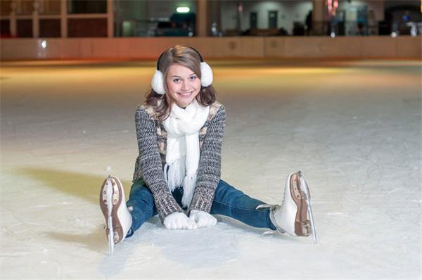 【疯狂周末玩不停】加拿大冬季滑冰、看灯走起!3