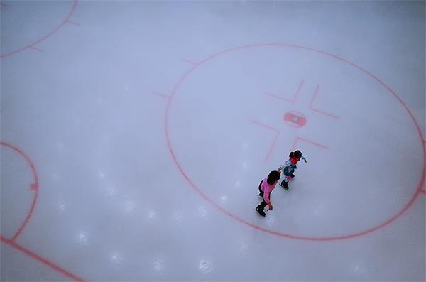 【疯狂周末玩不停】加拿大冬季滑冰、看灯走起!5