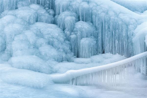严寒超低温、暴雪恶劣极端天气生存必备1