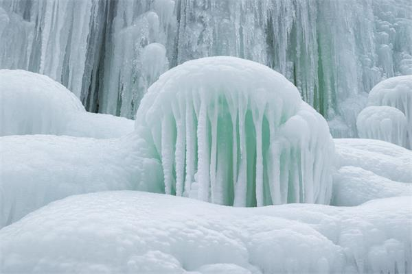 上热搜了!加拿大冬季这几处美景惊艳了全世界7