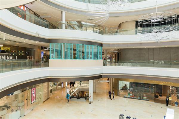 新冠状病毒使中国境内外的奢侈品业很沮丧1