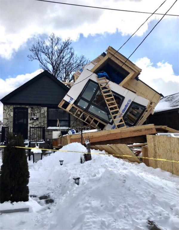 暴雪中多伦多房屋突然倒塌!你的房屋安全吗?2