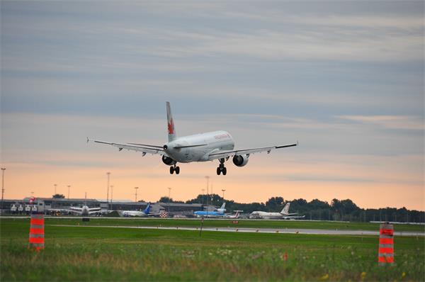 不守隔离法重罚75万!仍有近4千旅客从美国进入加拿大!1