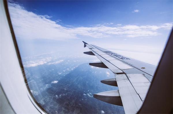 不守隔离法重罚75万!仍有近4千旅客从美国进入加拿大!2