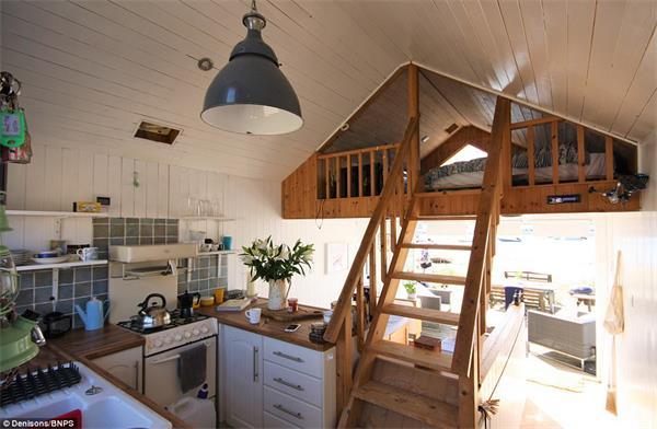 """""""宅度假""""英国新风尚!天价小木屋成为英国史上最贵的海滩小屋!5"""