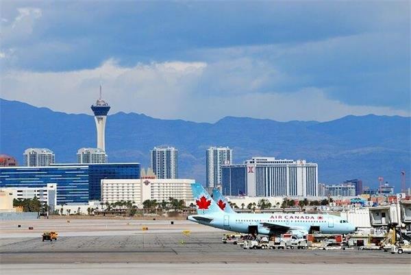乘机旅行安全吗?疫情以来561架航班乘客暴露于病毒之中!3