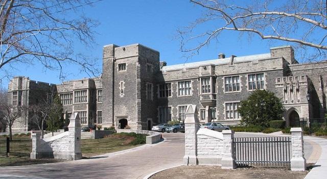 多伦多私立学校   The Bishop Strachan School