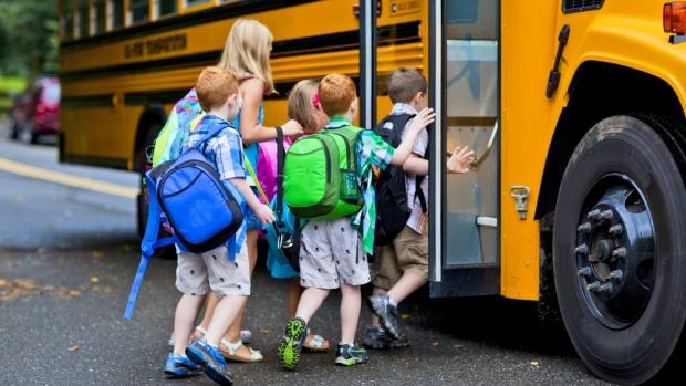 加拿大 义务教育 公立学校 体系