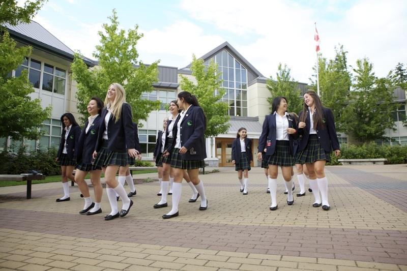 加拿大 私校 菲莎 公校 入学人数