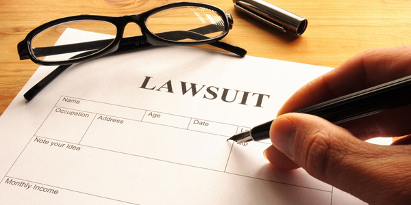 ft-lauderdale-lawyer-attorney-law-suit.jpg