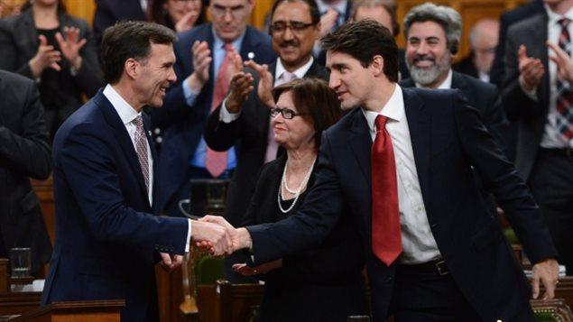 联邦政府 高收入 加拿大人 逃税 漏洞