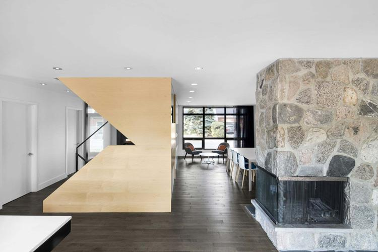 15-naturehumaine-refurbishes-a1960s-family-house-in-montreal.jpg