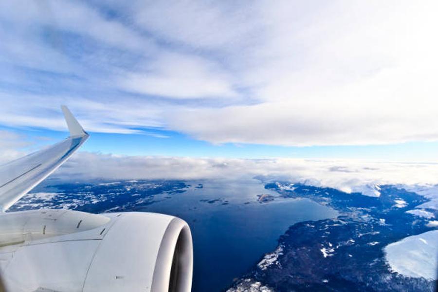 【独家专访】如何正确乘坐飞机——访国家运输安全委员会专家