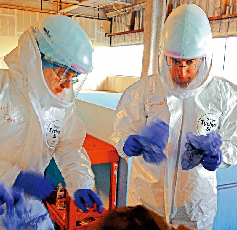 为什么17年前的SARS,多伦多成为除亚洲外最重疫区?