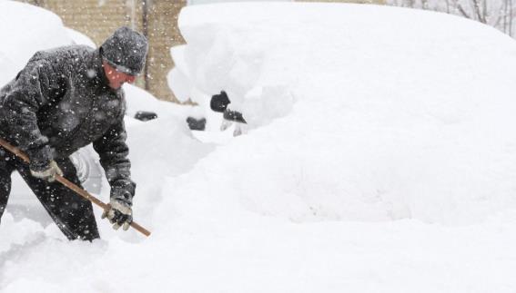 """享受夏日最后的温暖!""""拉尼娜""""将导致今冬异常天气酷寒多雪!7"""