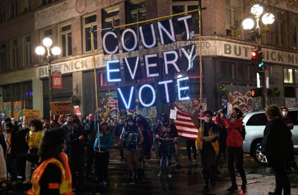 多地爆发示威游行!美国大选得民众票多者未必最后胜出6