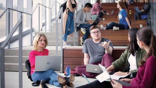 麦克林权威发布!2021年加拿大大学9大热门专业排名4