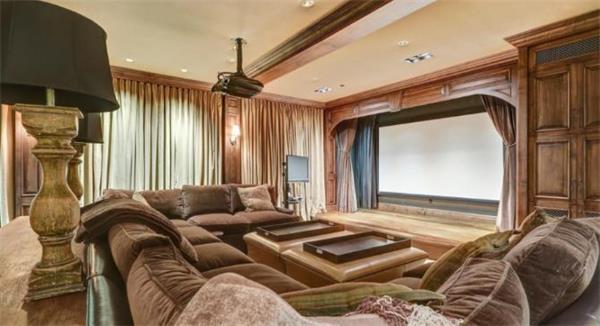 全球影迷热捧!莱昂纳多拍《荒野猎人》住过的豪宅将被拍卖8