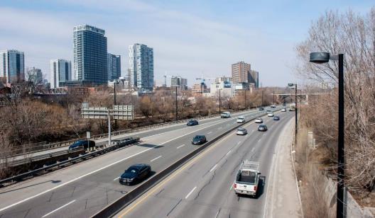 强劲回升!2021年第一季度多伦多市中心公寓销量均价双双上涨!7