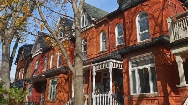 今日正式生效!加拿大OSFI上调贷款利率对哪些人影响最大?6
