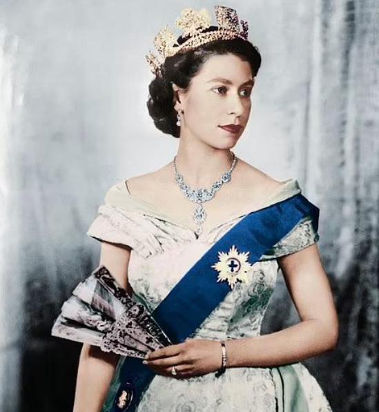 惊了!英国女王遭牛津大学学生抵制!反殖民反种族歧视热潮传遍全球5