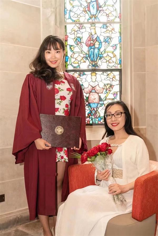 华人女性之光!恭喜Maria校长荣获22