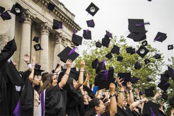 拼了!英国多所大学准备包机接中国留学生赴英国学习1